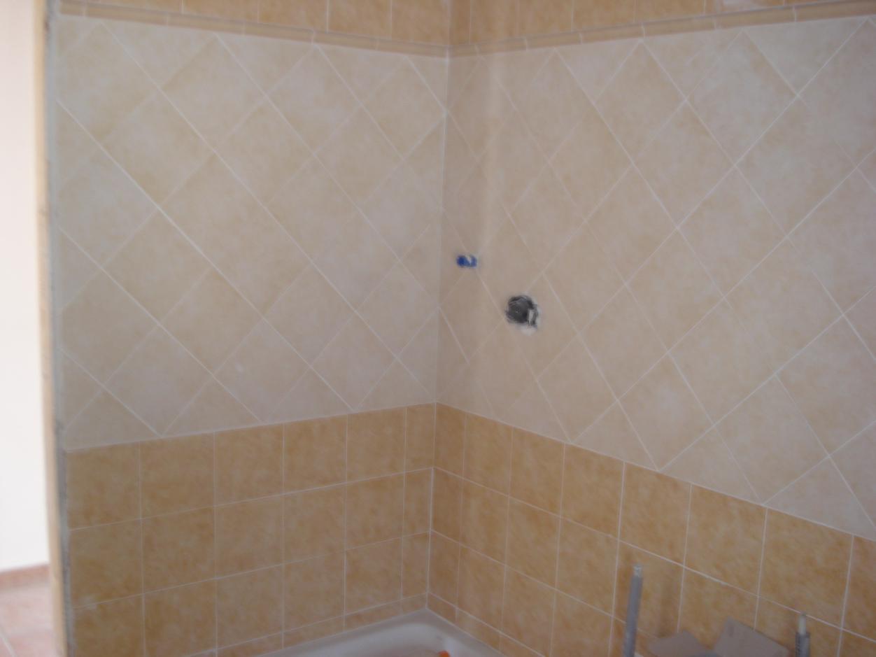 Piatto doccia mosaico e rivestimenti bagni impresa edile - Muffa nella doccia ...